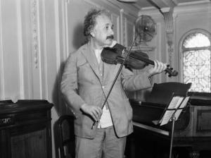 einstain-col-violino
