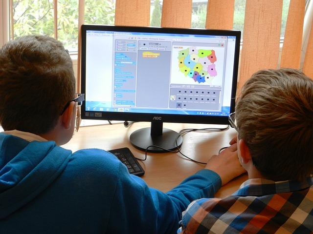 Il computer in classe «da solo» non migliora il rendimento degli studenti. Ma per l'Ocse è questione di tempo