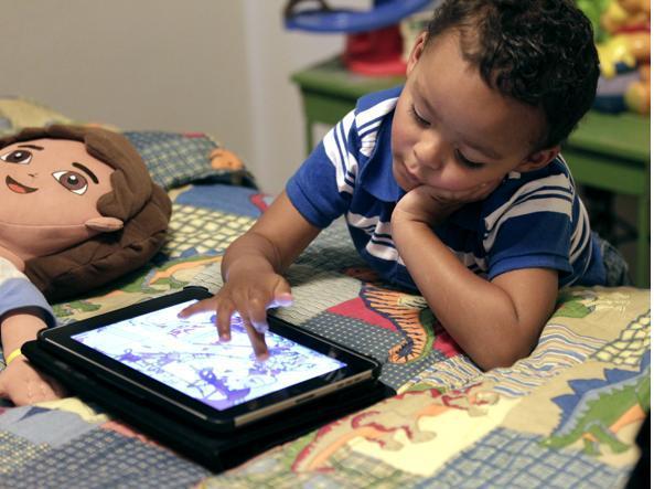 Tecnologia e bambini: 10 consigli (più uno) per usarla bene